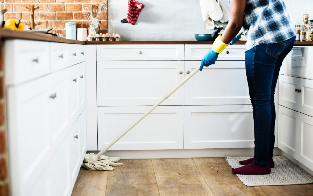 When Was the Mop Invented? And 5 More Fun Facts to Make You Think About Cleaning