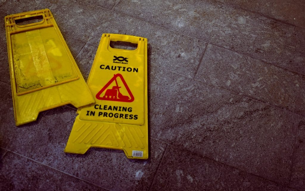 Wet floor sign -- don't slip